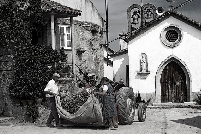 Casal de Travancinha, Seia (Portugal). Agosto 2006